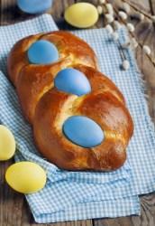 Italian Easter Egg Bread