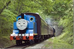 Summer Fun Fridays: Giveaway: A Day out with Thomas the Tank Engine