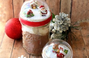 DIY Mason Jar Snow Globes Tutorial