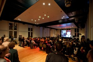 V&A at Dundee's Philip Long speaks at Creative Dundee's Pecha Kucha Night