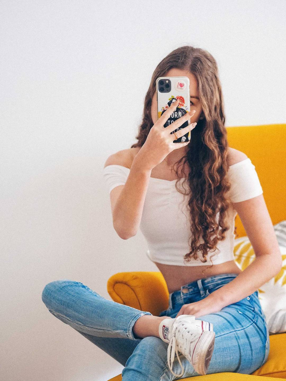 Instagram blogging