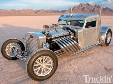 1102tr_07+truckin_top_10_trucks_of_2010+peterbilt_hot_rod_truck