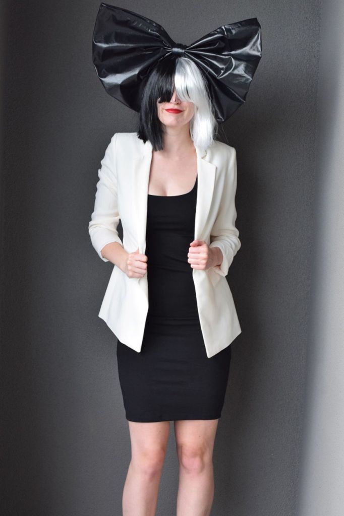 sia DIY Halloween costume for women