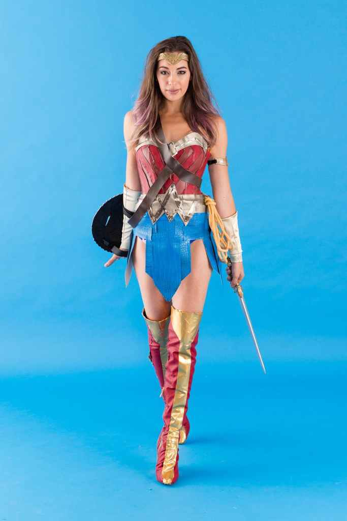 DIY Halloween Costumes wonder woman