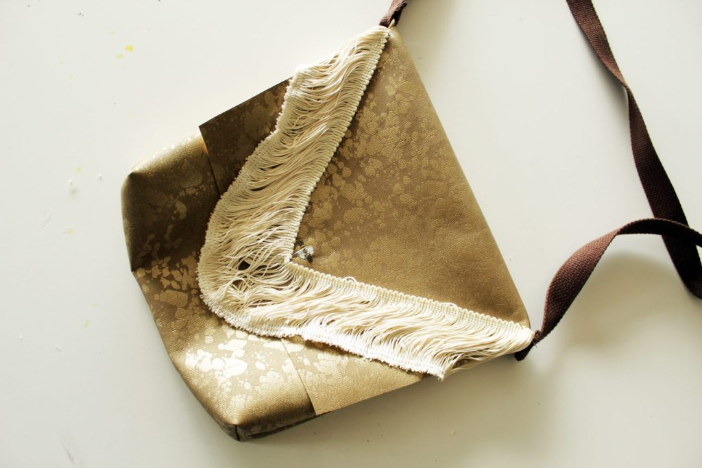 DIY Messenger Bag -