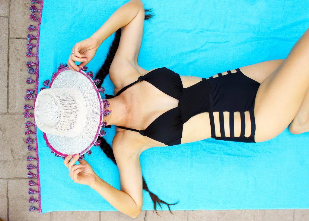 DIY monokini swimsuits! This super simple black one piece is an easy refashion from an old bikini