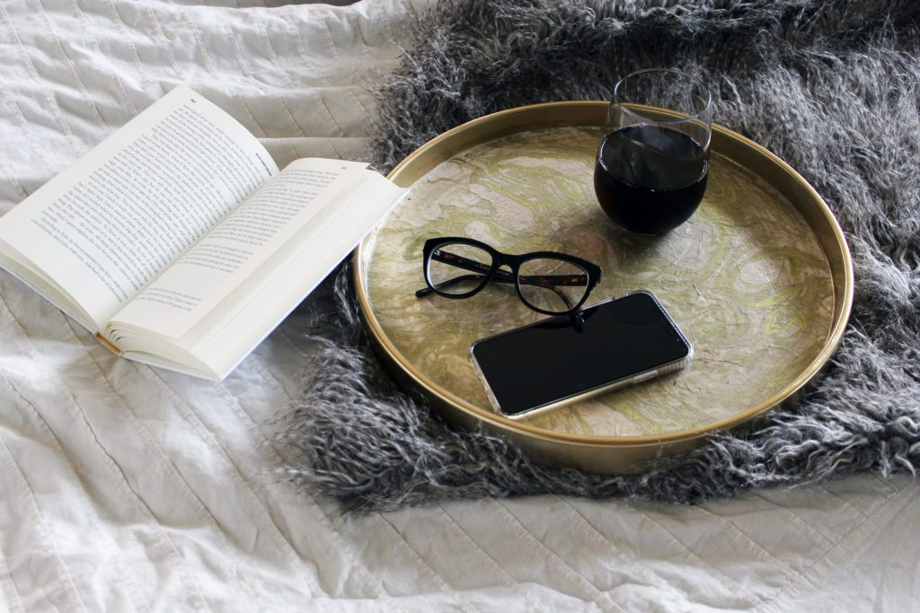 DIY Gold and Marble Tray With Marble Paper and glue from papersource ....