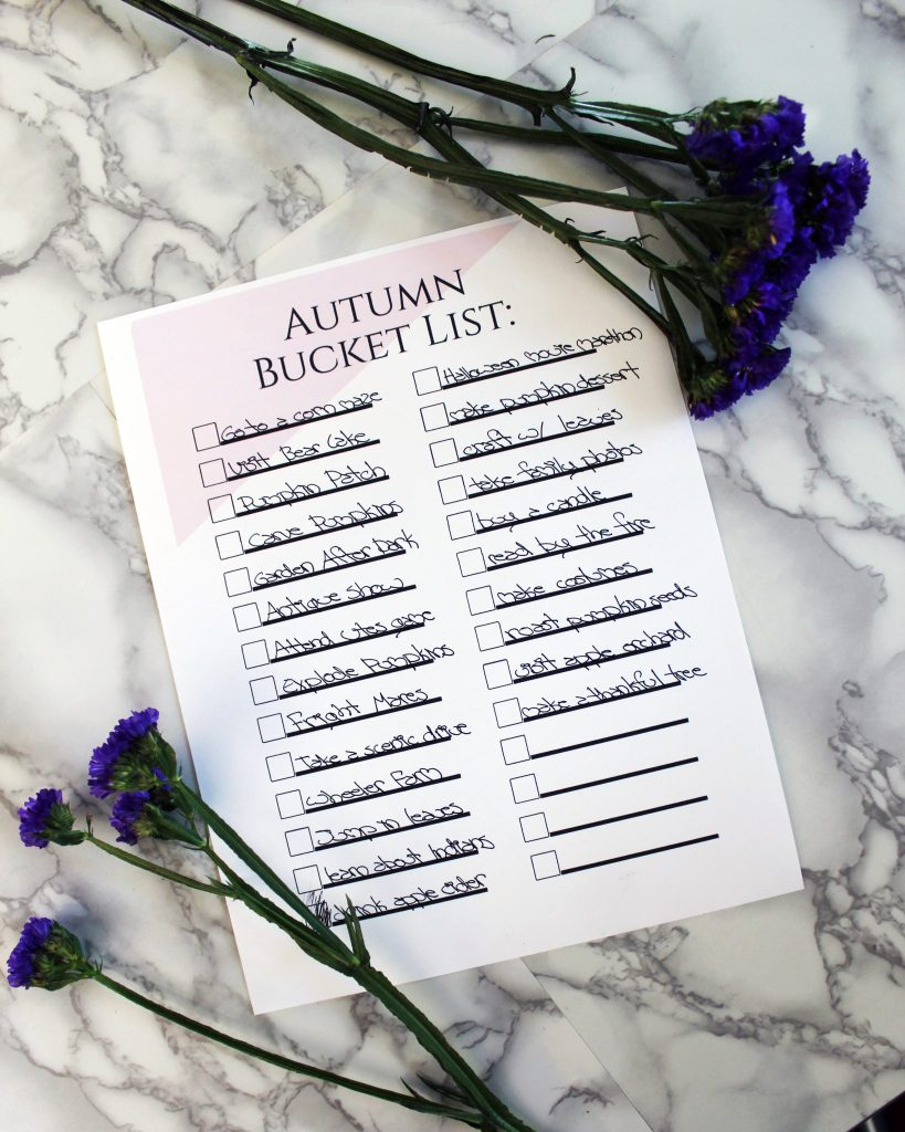 FREE Pritable Autumn Bucket List