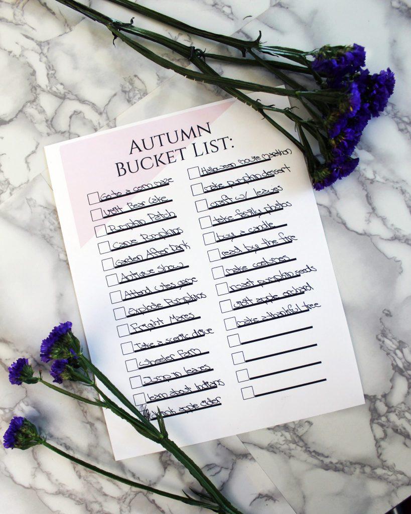 FREE Pritable Autumn Bucket List