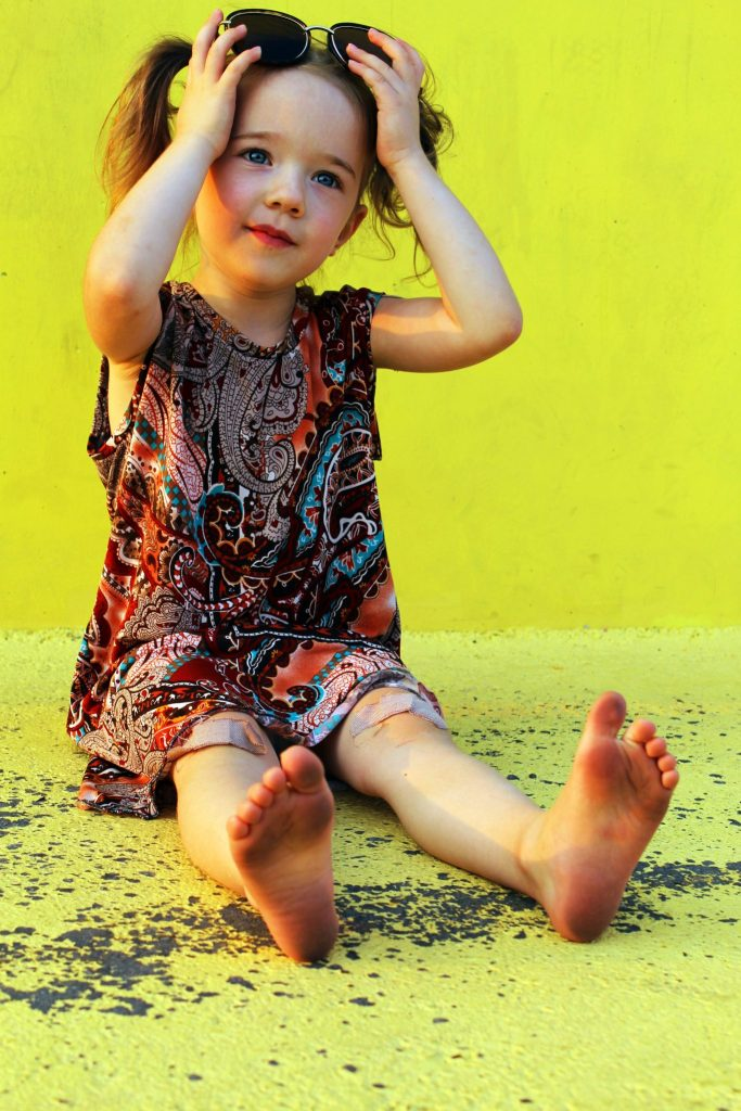 How to make DIY matching mommy and me t shirt dresses .
