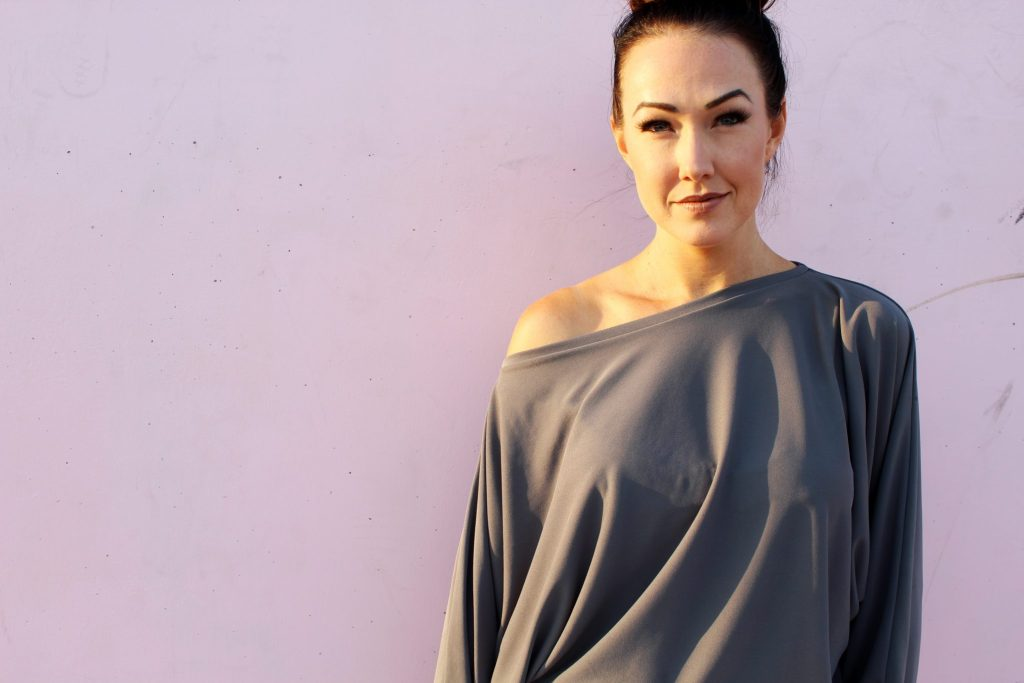 How to make a DIY batwing sleeve shirt