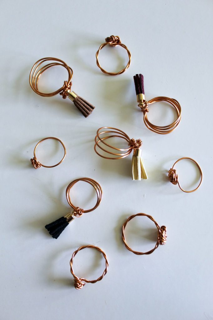 easy diy ring tutorial . wire jewelry with boho leather tassels..
