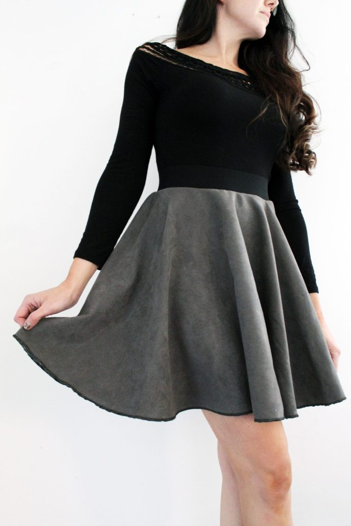 How to make a suede circle skirt . FREE pattern printable