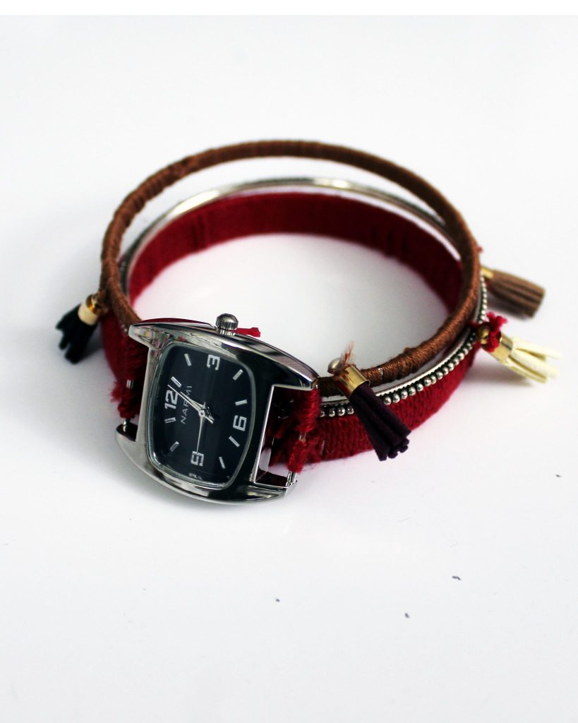 How to make a boho stacking bracelet with a watch face