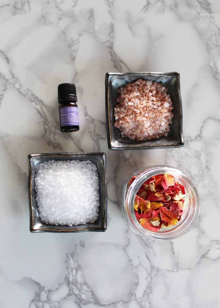 How to make easy rose bath salts