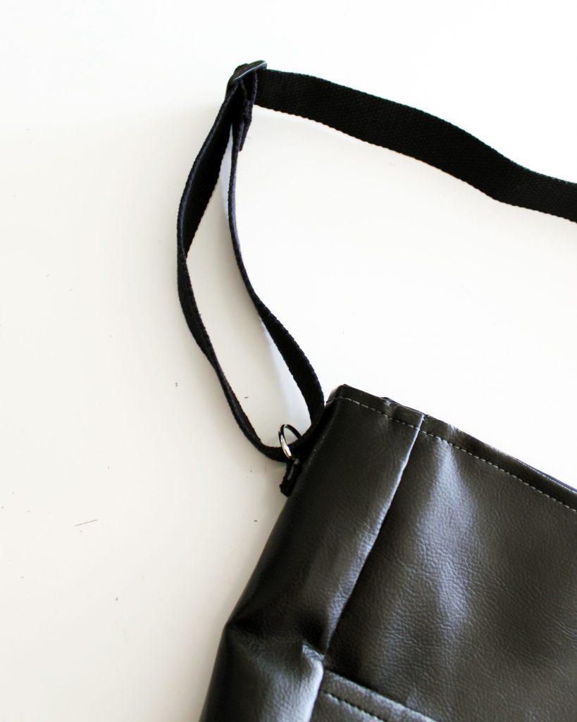 Canvas DIY Messenger Bag instructions 17