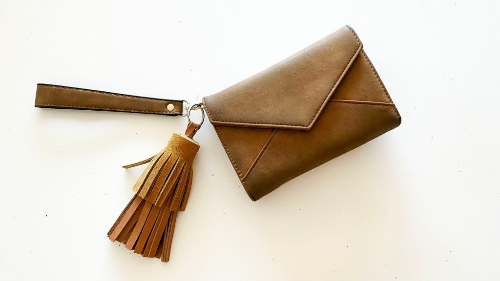 make an easy leather tassel keychain to sell