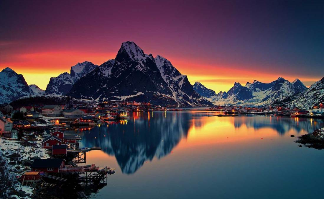 Reine Fishing Village in Lofoten Islands of Norway