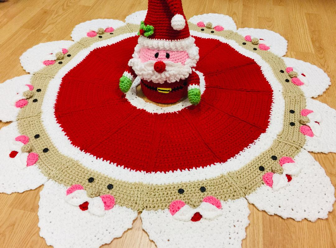 Christmas Tree Skirt Patterns.Santa Christmas Tree Skirt Pattern 564
