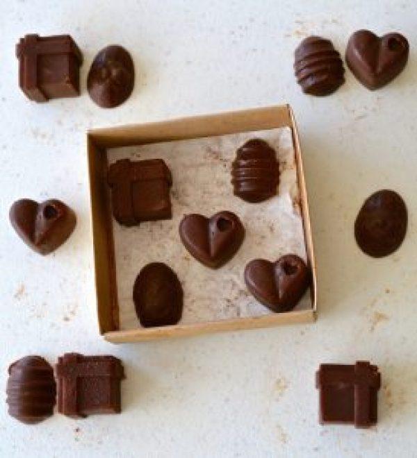 Mind-Blowing 3 Ingredient DIY Chocolate