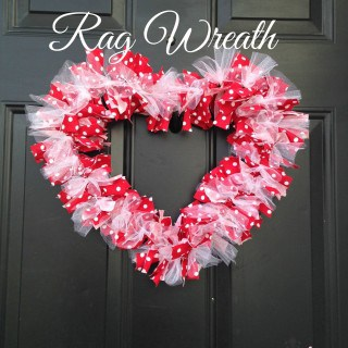 DIY Valentine Heart Rag Wreath