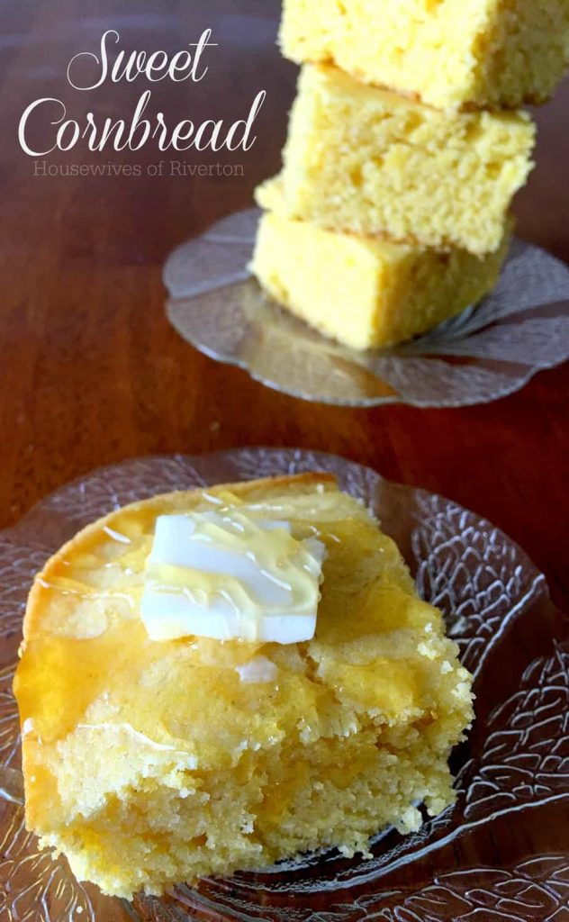 Homemade Sweet Cornbread isn't just for delicious fall foods, it's a wonderful addition to your Summertime barbecues too! | www.housewivesofriverton.com