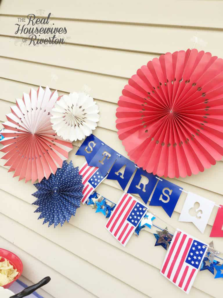 red, white, and blue bbq decor - housewivesofriverton.com