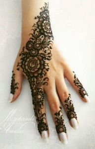 Beautiful Mehndi designs for Eid day #creativecollections3