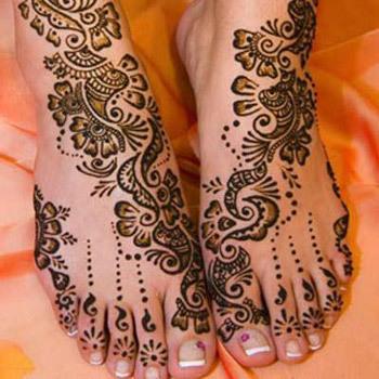 detailed full feet mehndi design