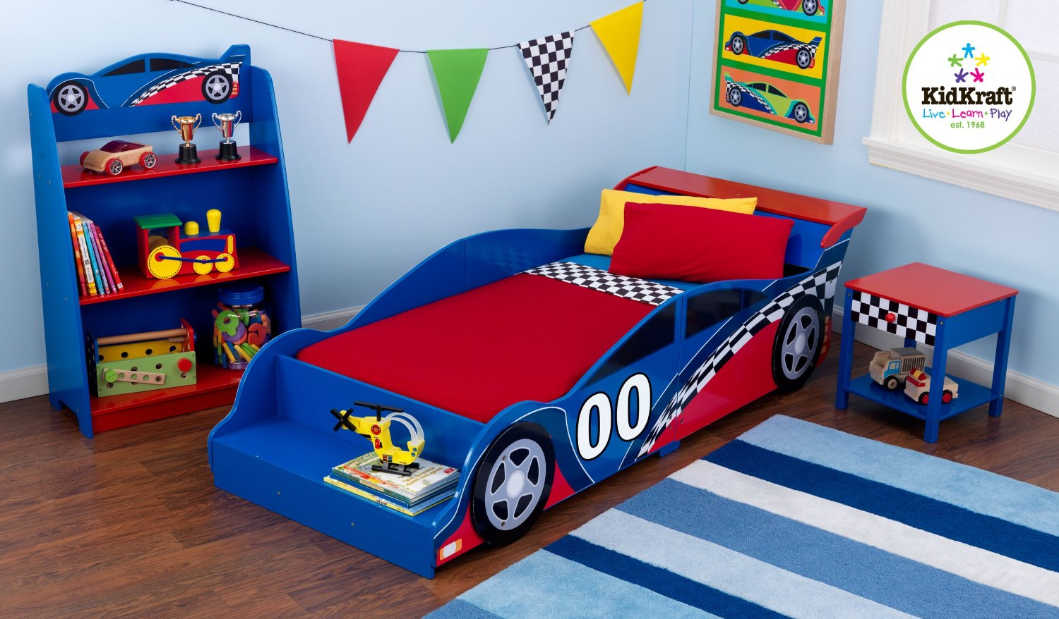 Picture of: Race Car Bed Super Cool Race Car Bed For Boys 2019