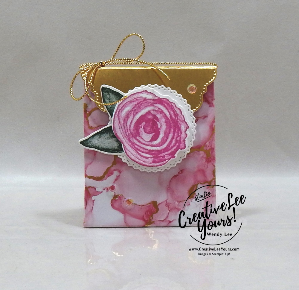 Flat Fold Gift Bag by Wendy Lee, All star tutorial bundle, #wendylee , #creativeleeyours , #stampinup , #su , #stampinupdemonstrator , #cardmaking, #handmadecard, #rubberstamps, #stamping, #cardclass, # cardclasses ,#onlinecardclasse,#tutorial ,#tutorials #DIY, #papercrafts , #papercraft , #papercrafting , #papercraftingsupplies, #papercraftingisfun, #papercraftingideas, #makeacardsendacard ,#makeacardchangealife, #subscription, #product suites, Expressions In Ink Suite, Bloom Where You Are Planted Suite, You're A Peach Suite, Blackberry beauty Suite, Sweet Symmetry Suite, Hand Penned Suite, #allstardesignteambloghop