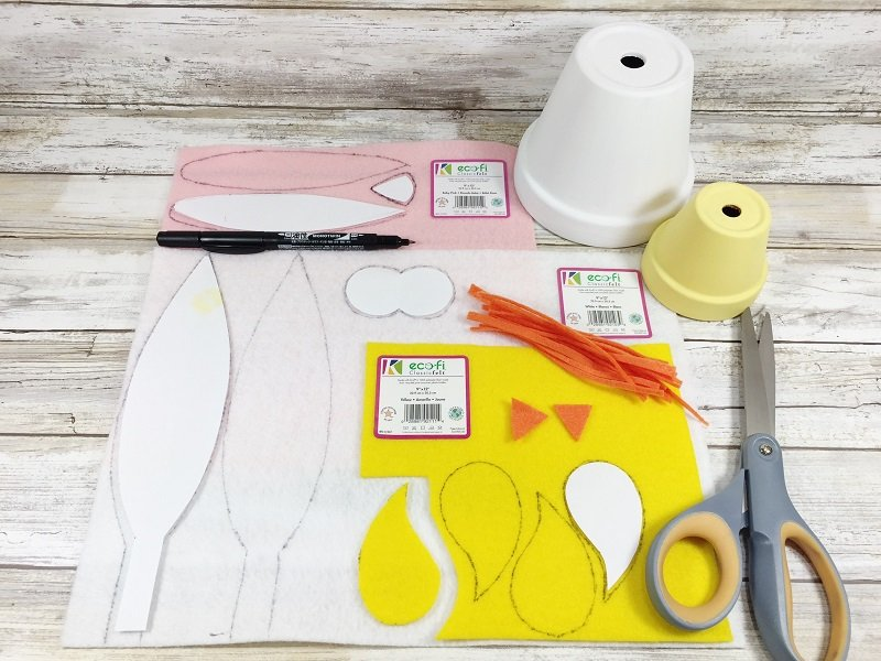 Create Cute Chick and Bunny Clay Posts in Just 15 Minutes with Creatively Beth!