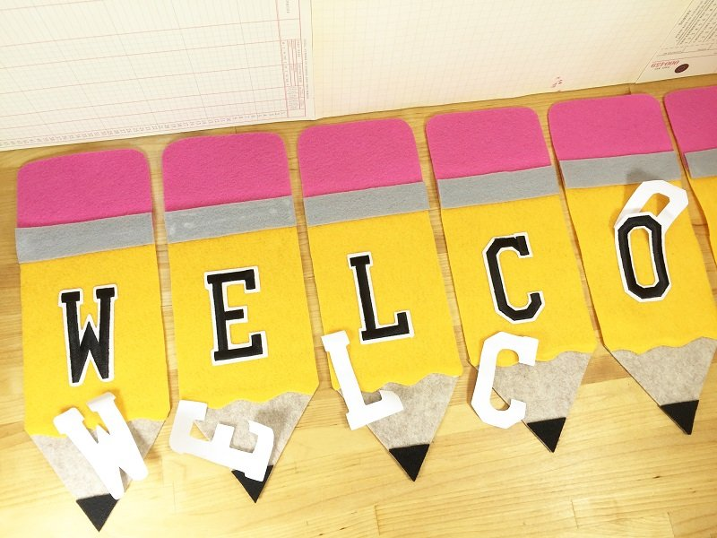 Add message to a Back to School Pencil Banner with Creatively Beth