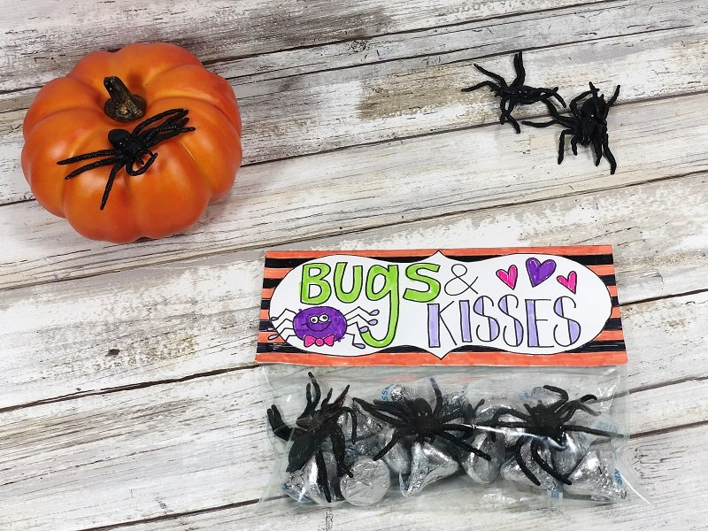 Bugs and Kisses Free Printable from Creatively Beth #freeprintable #halloween