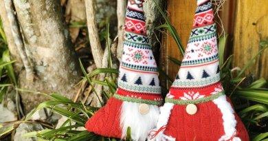 Creatively Beth creates Ugly Christmas Sweater Gnomes with Fairfield World #fairfieldworld #creativelybeth #polyfil #polypellets #gnomes #uglychristmassweater #stuffie