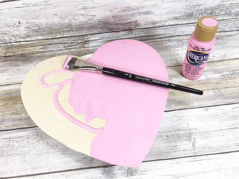 Paint Wooden Heart Hot Air Balloon Valentine Mailbox Creatively Beth #creativelybeth #dollartreecrafts #kidscrafts #valentinesdaycrafts