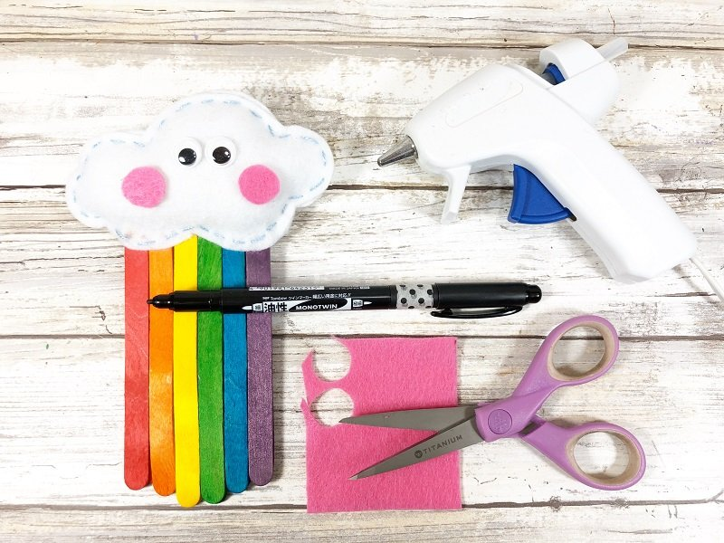 Add features to cloud Creatively Beth #creativelybeth #rainbow #craftweek2020 #craftsticks #kidscraft