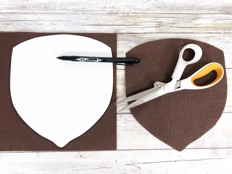 Trace and cut out the acorn base from brown felt by Creatively Beth #creativelybeth #polyfil #fairfieldworld #autumnhomedecor #easysewingproject