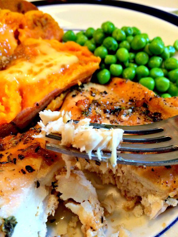Brown Suga' Baked Chicken! A delicious combination of flavor! #dinner #chicken #CreativelyHomespun
