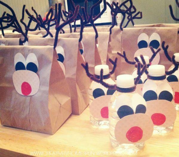 Reindeer Trailmix Bags with Ruldoph Water #brownbag #reindeer #school #snack