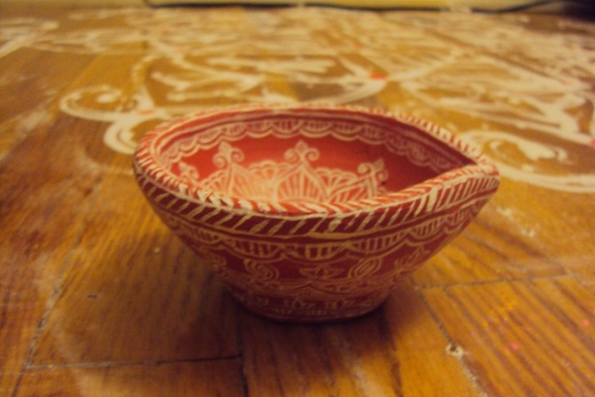 Hand Painted Diya in the theme of Mithila Art
