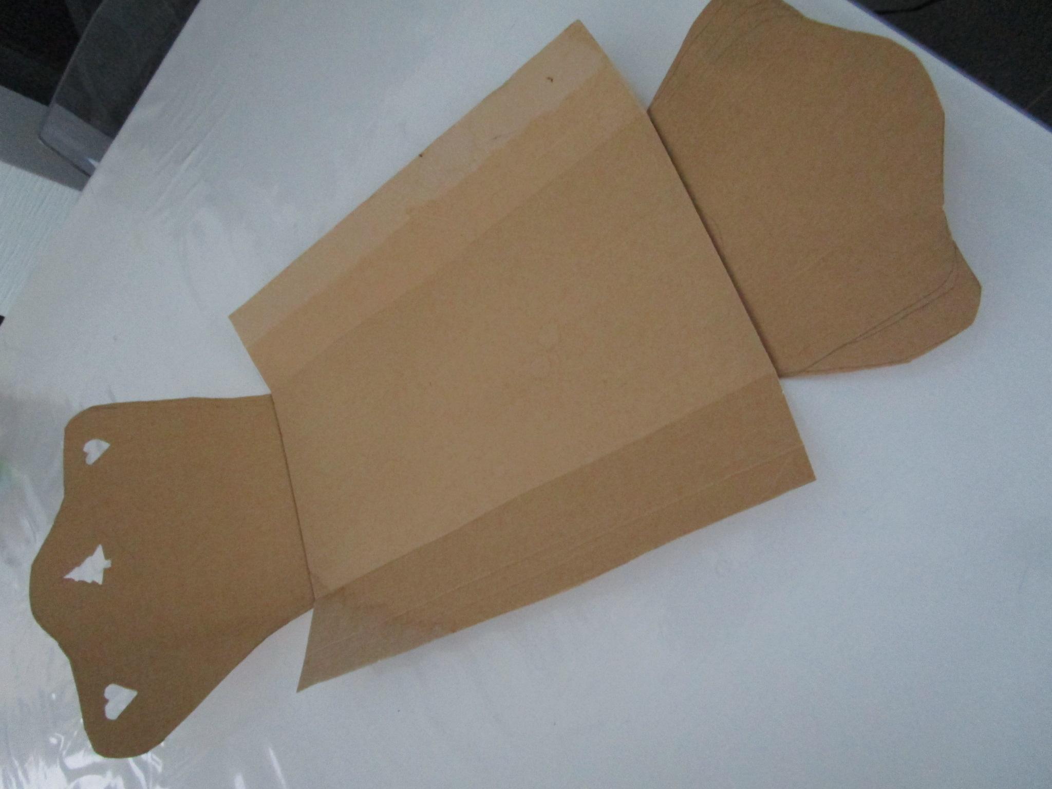Diy Fabriquer Un Lit De Poupee Ou De Lutine En Carton Avec Les Enfants Tuto