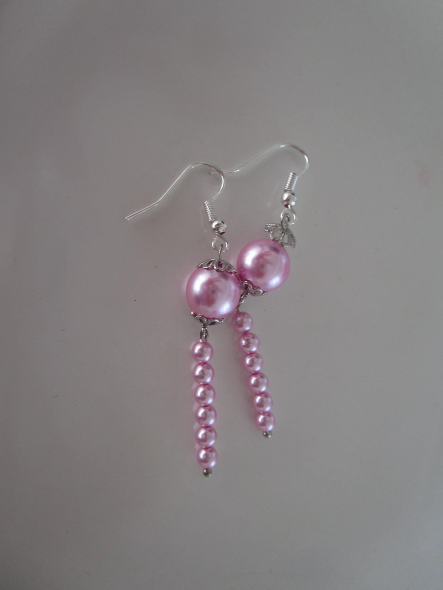 Tuto boucles d 39 oreilles papillon en perles de rocaille - Tuto boucle d oreille perle ...