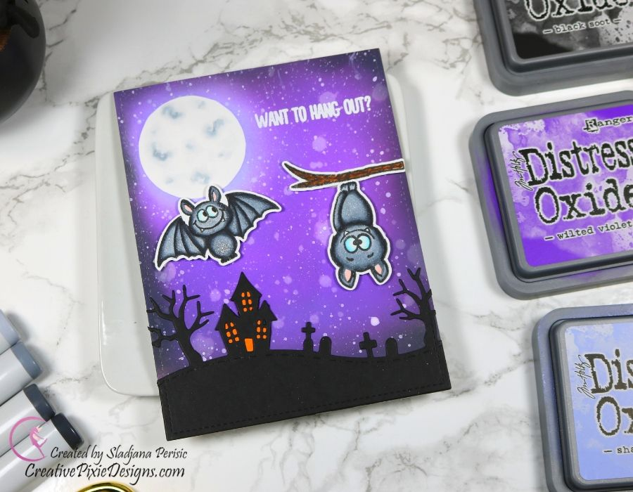 Gerda Steiner Desings Bats, ink blended background with Distress Oxide inks, mini scene Halloween card.