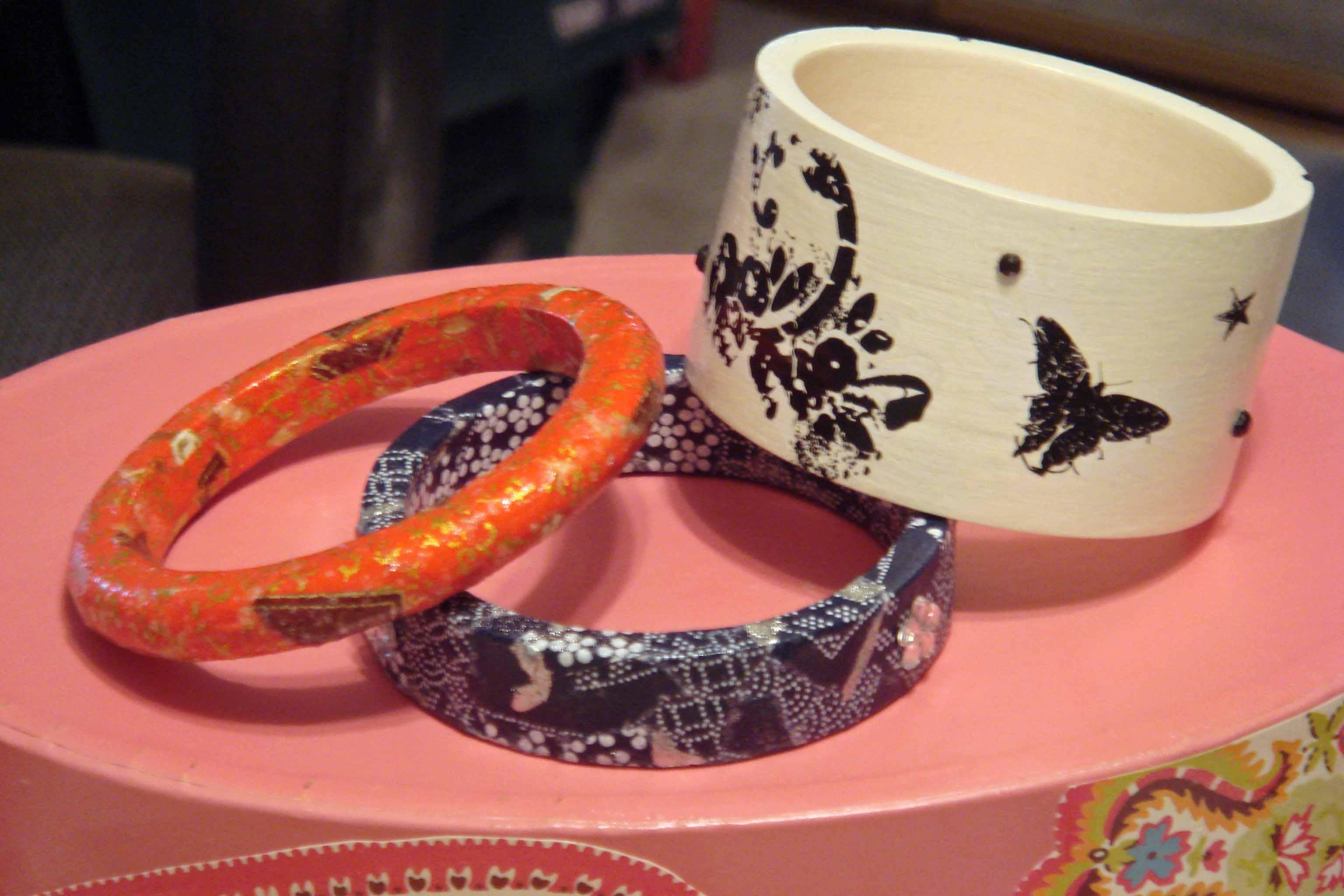 jewelry bangles trio