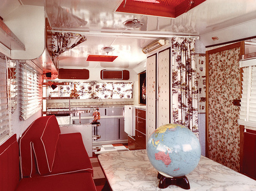 jackson-caravelle-interior-airstream
