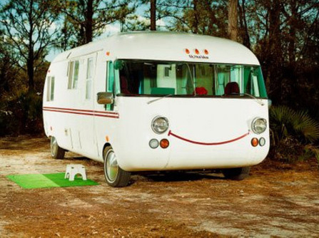 smiley-airstream_0