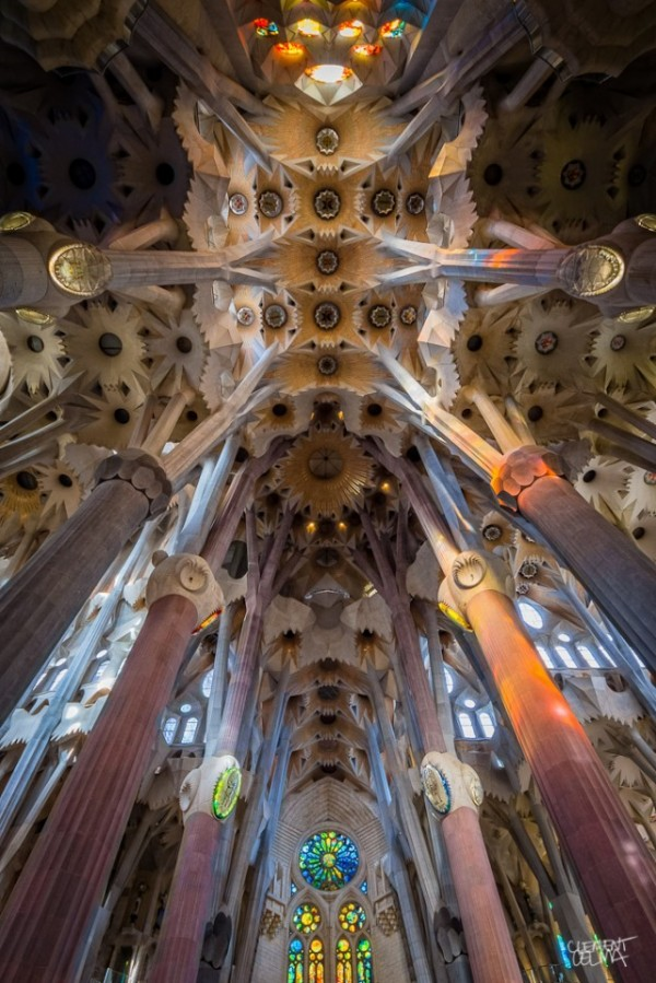 Sagrada-Familia-Perspectives4-640x959