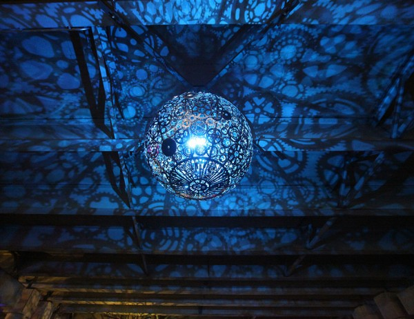 recycled-bike-part-chandeliers-9