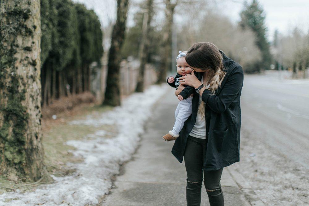 Mom and Baby Kisses   Style & Fashion   Spring Wardrobe